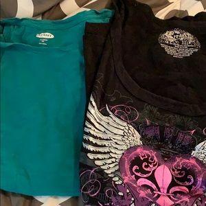 Tops - 2 XXL tee shirts